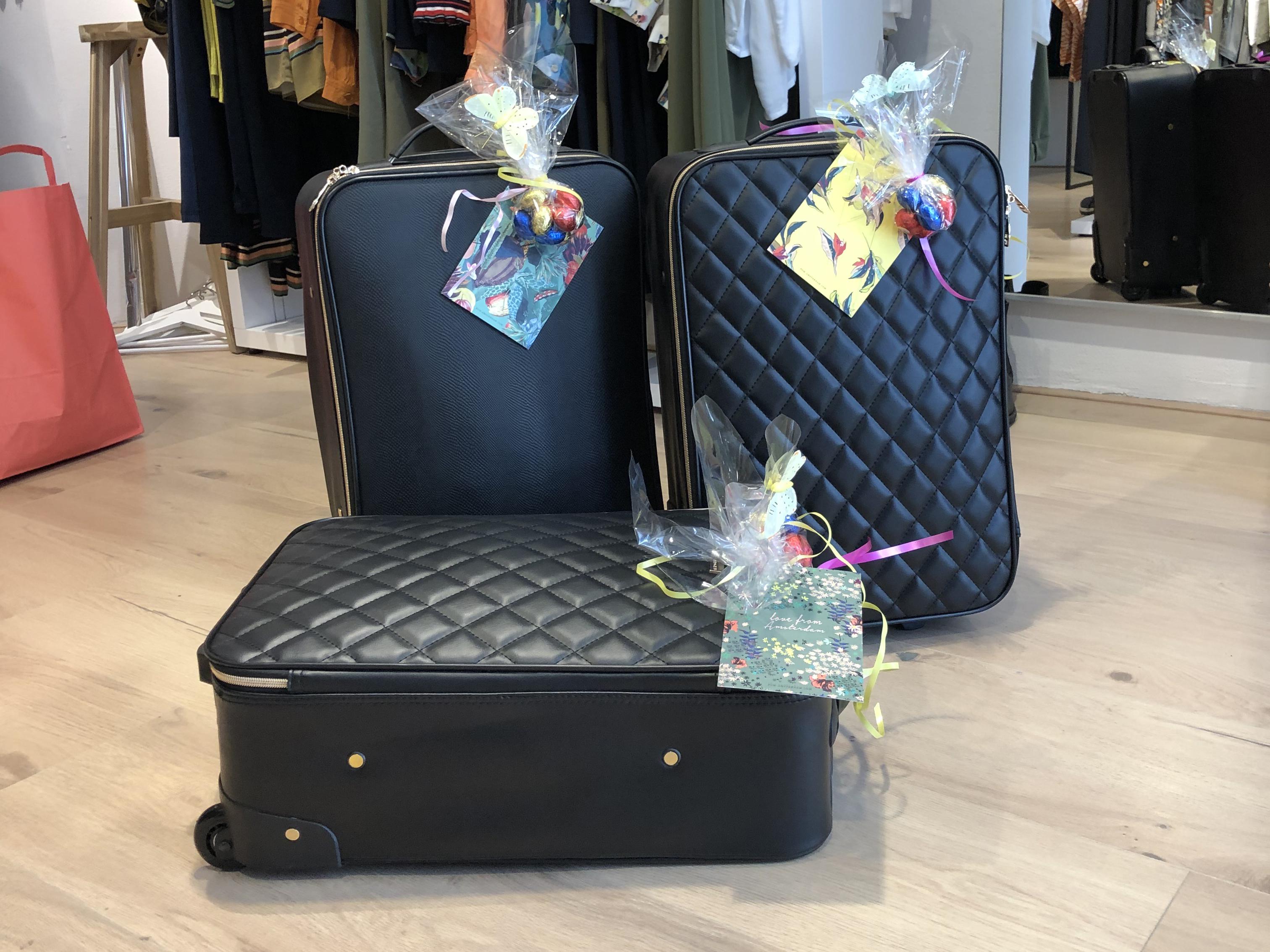 Laat door ons een koffer op maat samenstellen, ook een leuk idee als cadeau! Wordt bezorgd, neem contact met ons op.
